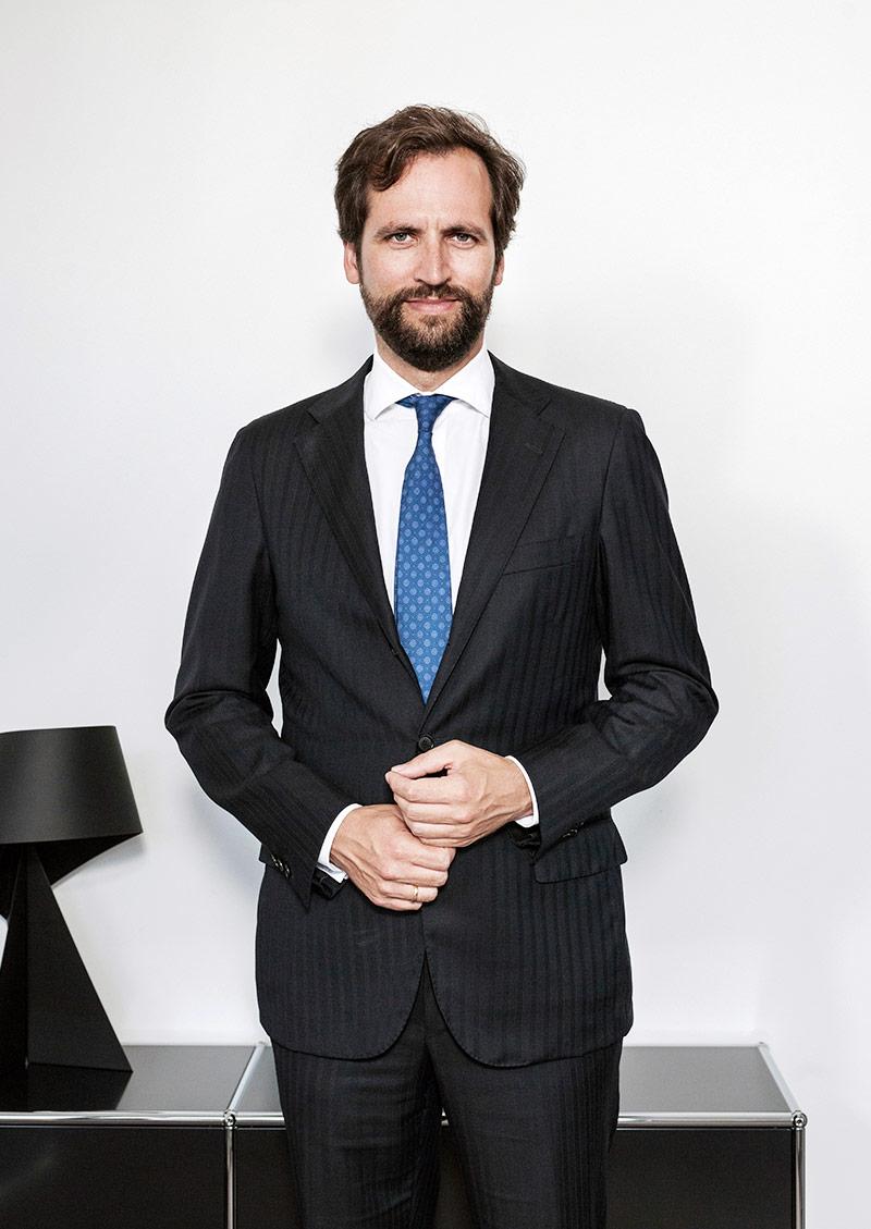 Dr. Lorenz Holler